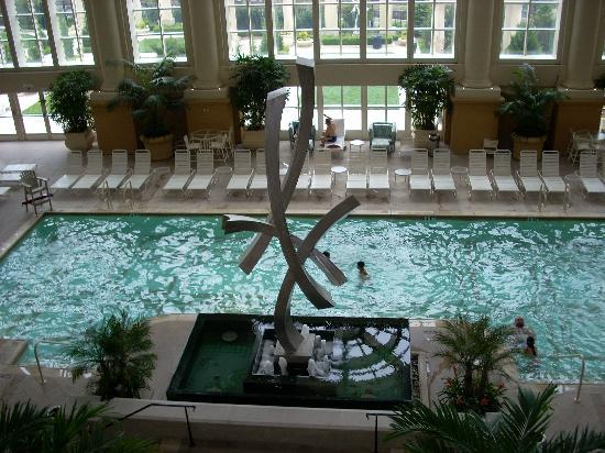 Pool area picture of borgata hotel casino spa for Pool and spa show atlantic city 2016