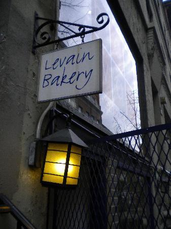 http://media-cdn.tripadvisor.com/media/photo-s/01/b8/c9/b3/bakery-sign.jpg