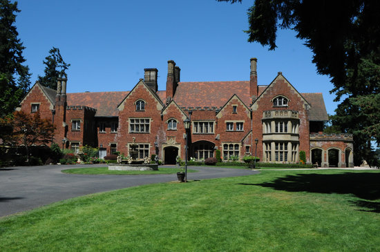 Photo of Thornewood Castle Inn and Gardens Tacoma