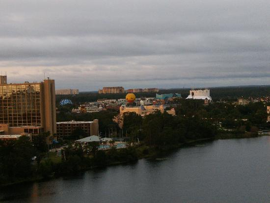 BEST WESTERN Lake Buena Vista Resort Hotel: View from our room