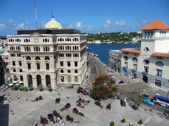 Havana, Cuba: habana vieja vista desde san francisco