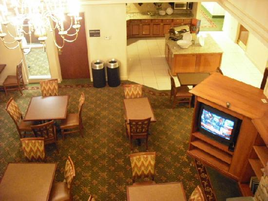 Hampton Inn and Suites Valley Forge/Oaks: Breakfast area