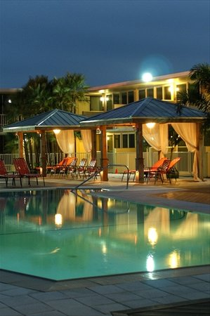 Bentley's Boutique Hotel: Pool Pic - Night
