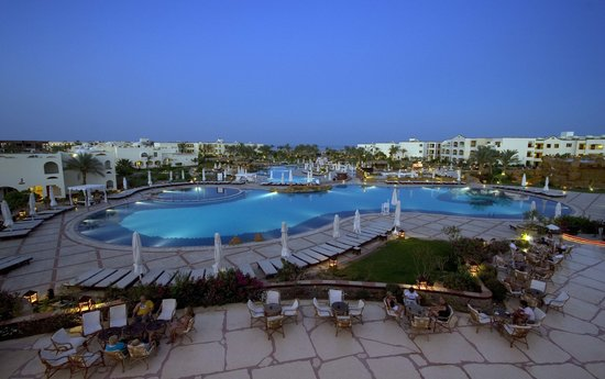Regency Plaza Aqua Park &amp; Spa Resort : Main Hotel 