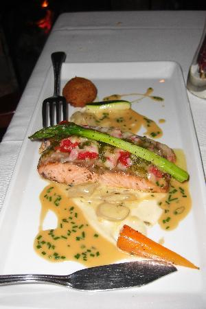 The Olde Post Inn: Salmon Special