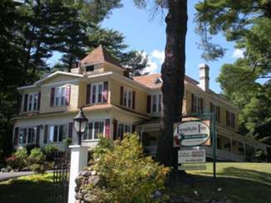 Photo of Lamplight Inn Bed and Breakfast Lake Luzerne