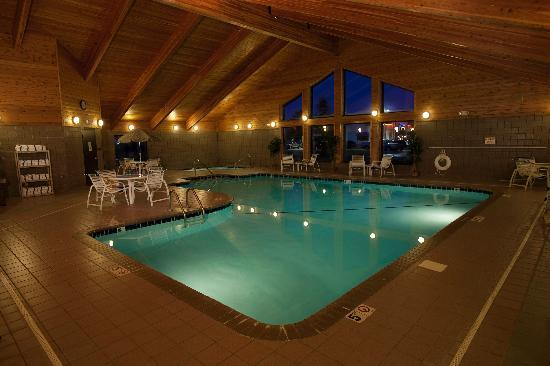 AmericInn Lodge & Suites Sartell: Pool