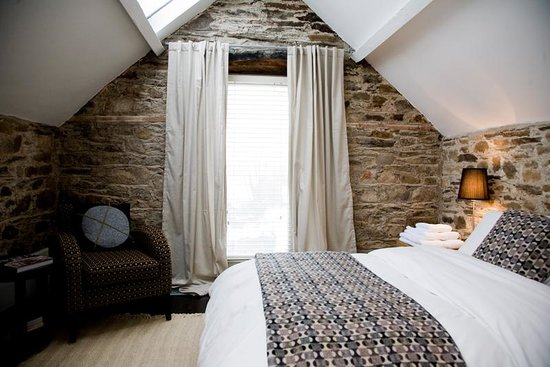 The Inn @ Ballilogue Clochan: BEDROOM AT BALLILOGUECLOCHAN
