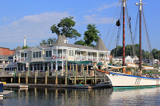 Grand Harbor Inn
