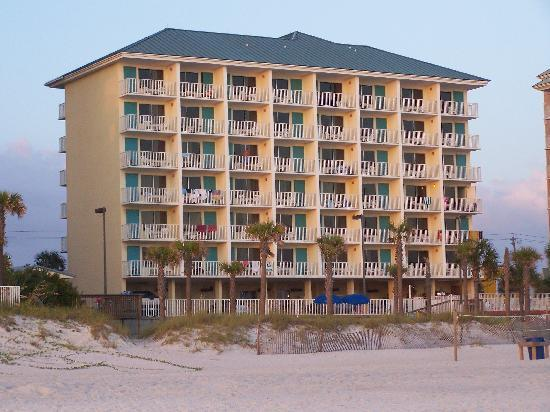 Beach Tower Resort Motel: beach shot