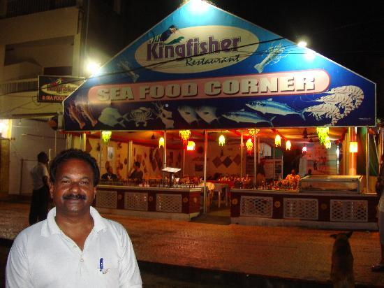 Ajay at the kingfisher restaurant picture of the leela for Ajays catering cuisine