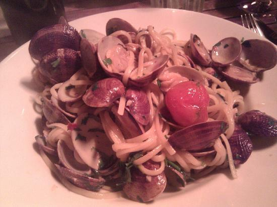 Juniors: Clams with linguine - must try!