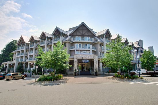 Summit Lodge &amp; Spa: Summit Lodge Exterior