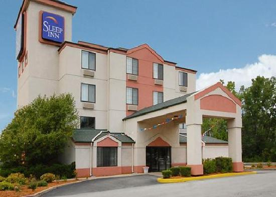 Sleep Inn: Exterior