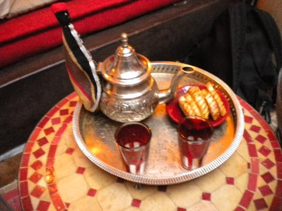 Riad Dar Saba : welcome mint tea