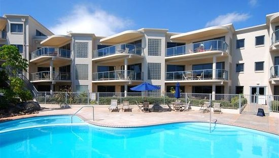 The Reef Beachfront Apartments