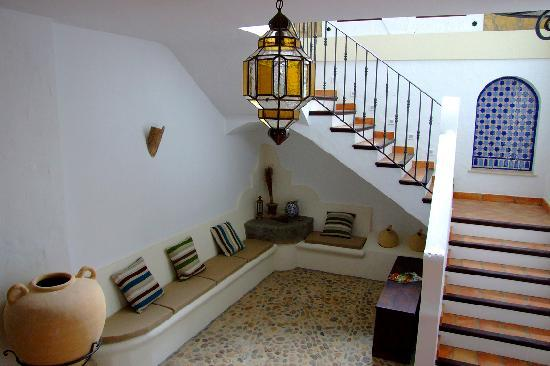 Casa Olea: Cobble-stone floors and hand-made tile details