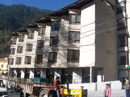 The River Crescent Resort (Manali) - Hotel reviews, photos, rates ...mapple hotel in manali 