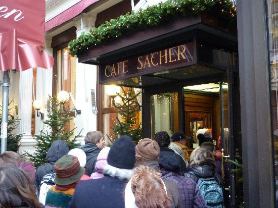 http://media-cdn.tripadvisor.com/media/photo-s/01/ba/72/a7/cafe-sacher.jpg