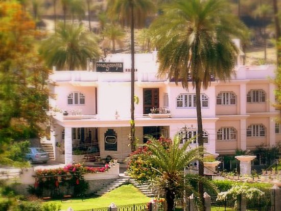 Photo of Hotel Maganji's Mount Abu