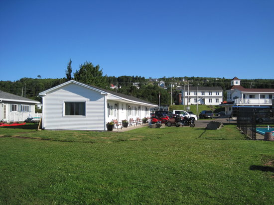 ‪Alpine Motor Inn‬