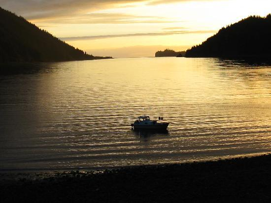 Alaska's Sadie Cove Wilderness Lodge: beautiful sunsets