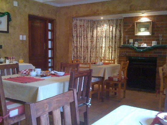 Green Gables: Breakfast/Dining area