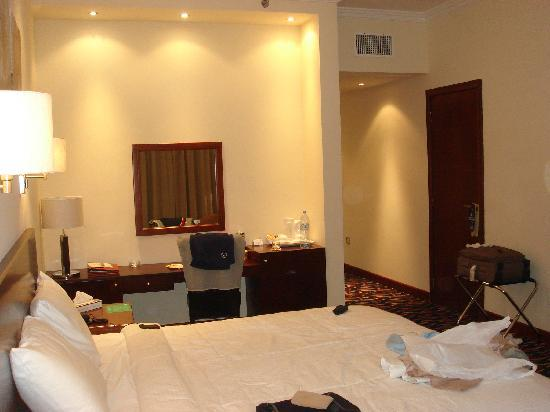 Cassells Al Barsha Hotel: Standard Double Room 2
