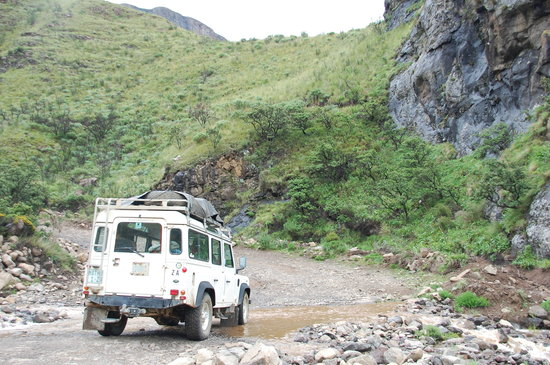 Maseru, Lesotho: Kat-Kat, the landrover, negotiating the terrain