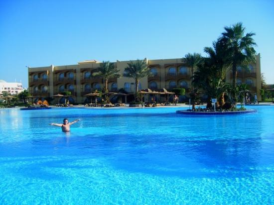 The Desert Rose Resort: Swimming Pool))))