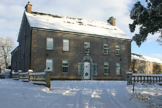 Dundrum House: Walking to the front door, the snow was too deep to drive