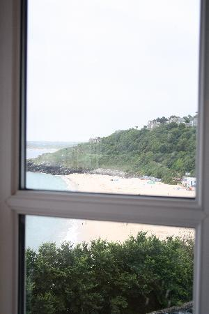 Carlyon Guest House: View, PortMinster Beach