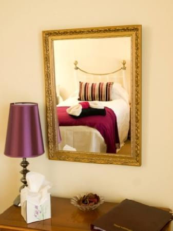 Portland House Guest Accommodation: The Doward Twin room