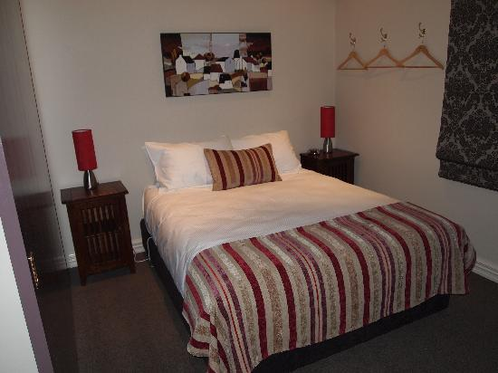 City Cottages: That's the comfy bed.