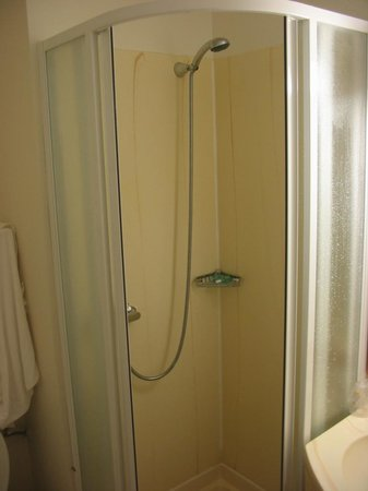 Longueau, Frankreich: Shower