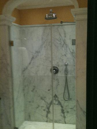 Santa Maria Novella Hotel: Bathroom