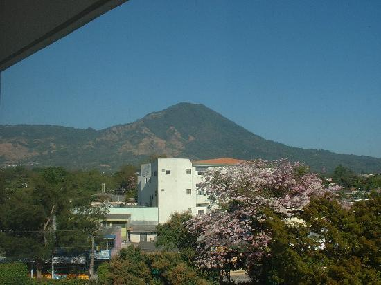 InterContinental Hotels Real San Salvador: Looking out from my window