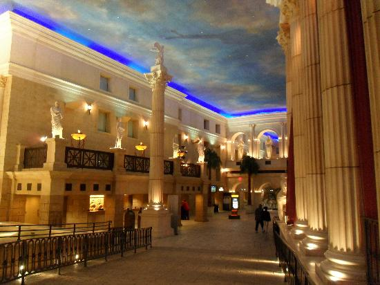 caesars atlantic city hotel lobby