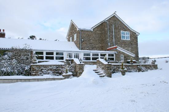 Cropton Forest Lodge and Cottages: Cropton Forest Lodge in the snow