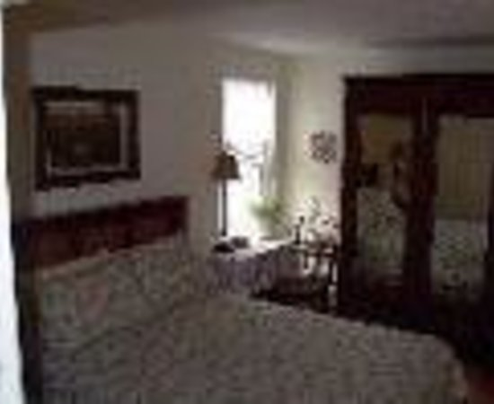 Photo of Accommodating The Soul Bed and Breakfast Toronto