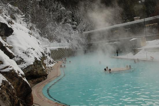 Radium Hot springs Pools in winter