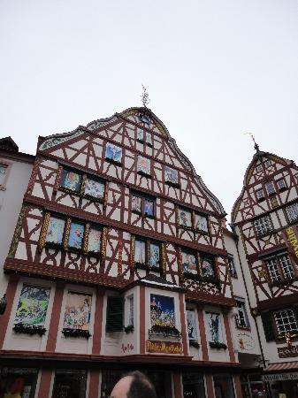 Bernkastel-Kues, Deutschland: A view of the center