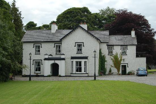 Boyle, Ireland: Frontansicht Abbey House