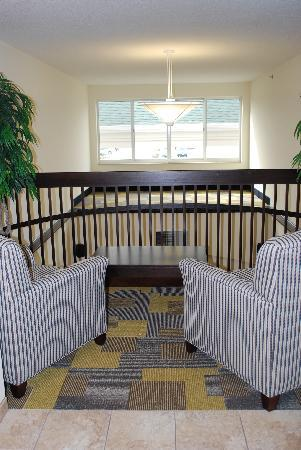 Holiday Inn Express Hotels And Suites Pekin: Cozy Little Outlook