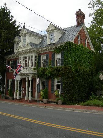 The Norris House Inn: Charming old Inn