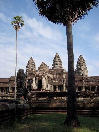La Residence d'Angkor by Orient-Express: The amazing Angkor Wat.