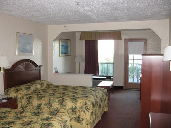 Scenic Gulf Inn &amp; Suites: room