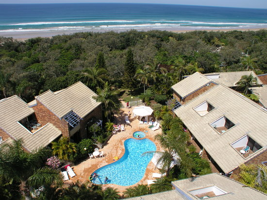 Glen Eden Beach Resort: Overhead