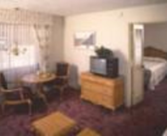 Photo of Desert Inn Lancaster