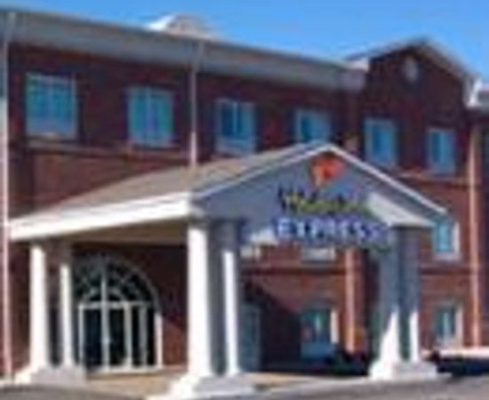 Holiday Inn Express Campbellsville Thumbnail